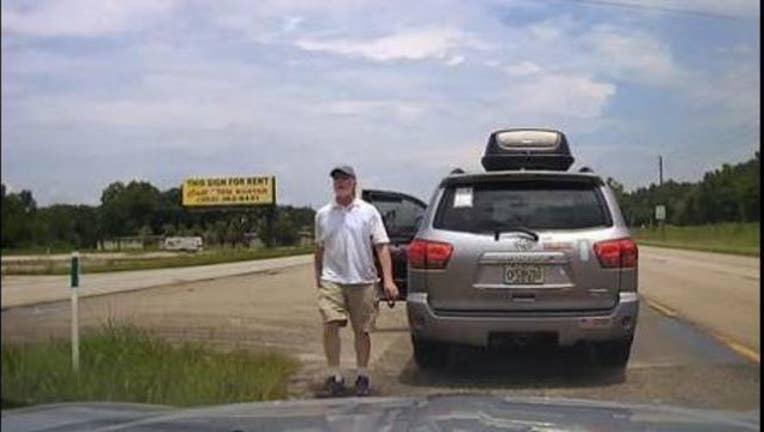 1a98ca40-Florida cop tasers driver
