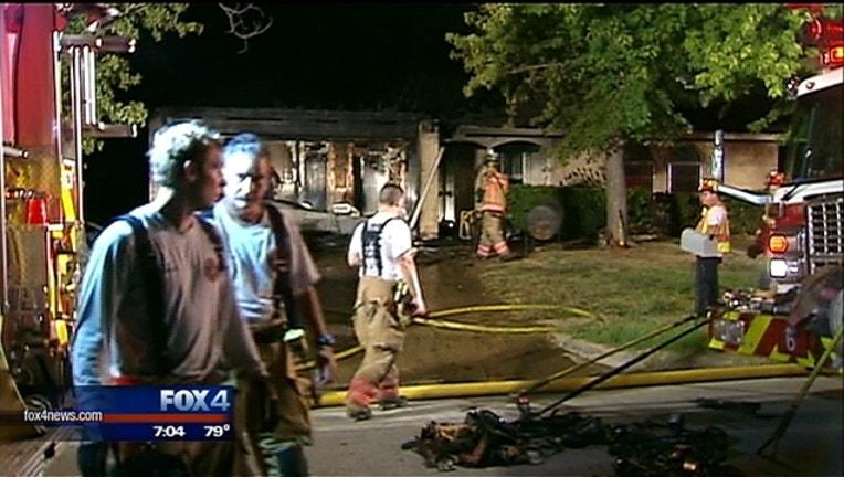 1dd073ba-house fire_1439221838363.jpg