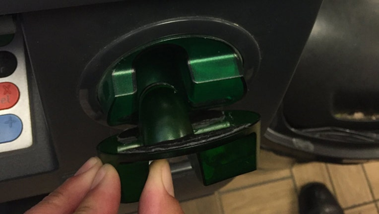card skimmer the colony