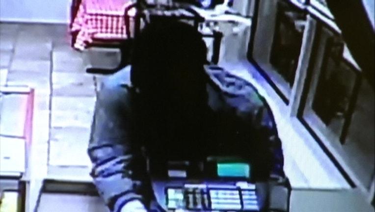 318dd44f-donut robbery 10-8-15
