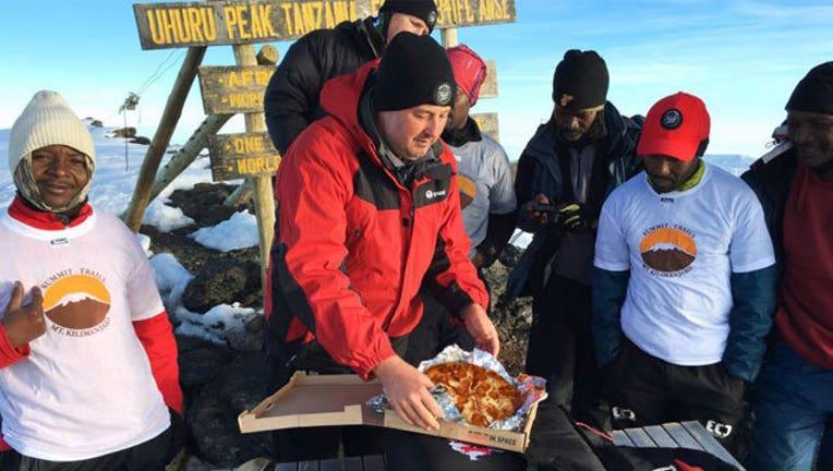 35276754-Pizza-Hut-on-Kilimanjaro_1463084875726-407693.jpg