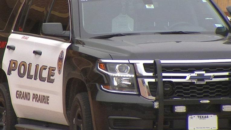 374478bb-Grand Prairie Police squad car