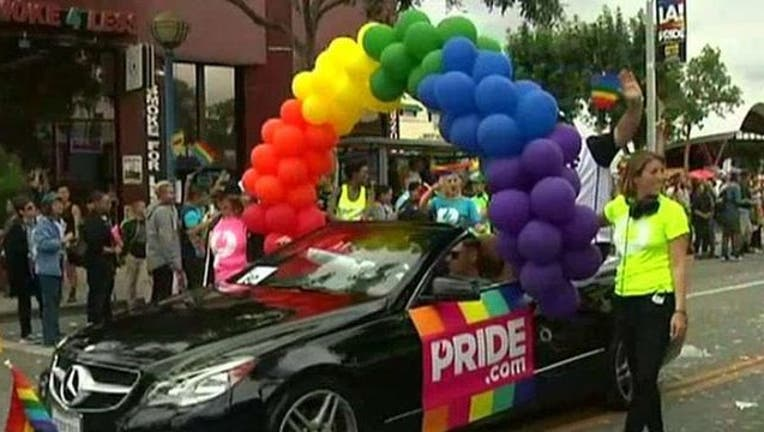 Pride Parade LA.jpg