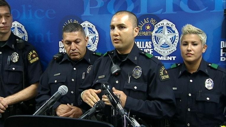 4161ece2-officers save girl_1440526104450.jpg