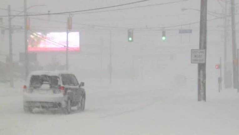Erie__PA_record_snowfall_on_Christmas_0_20171226152820-409162