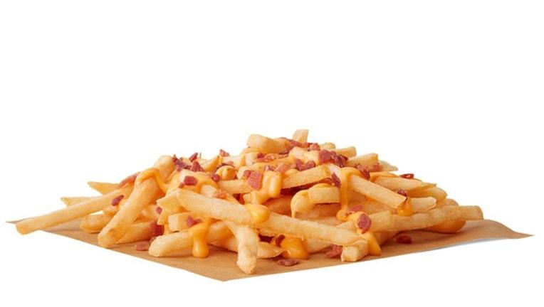 5467bdda-mcdonalds cheesy bacon fries_1542208000039.jpg-401385.jpg
