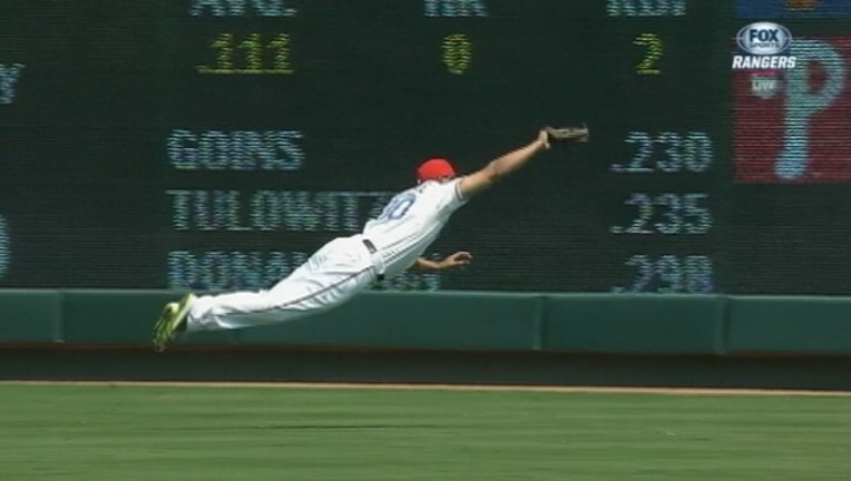 Will Venable Diving Catch_1440713582656.jpg