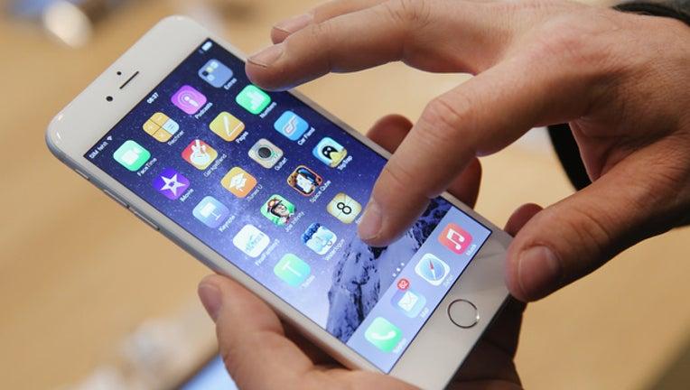 5c5d7904-getty-iphone6-091918-65880