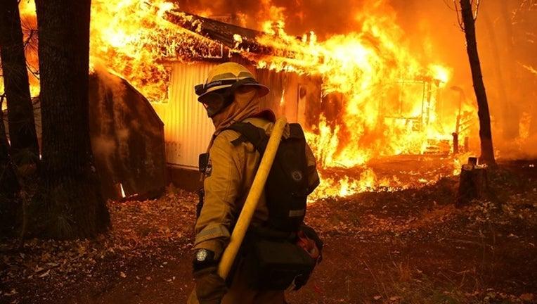 5fe3611f-GETTY_california_wildfires_01_111118-401096