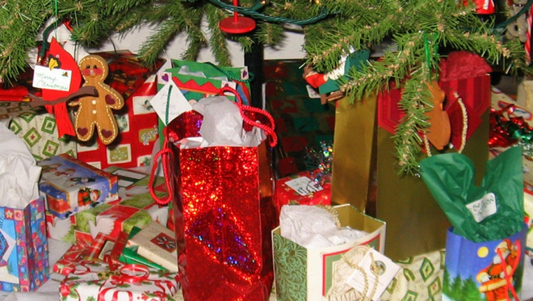 Christmas presents stock image by Jim Moore via Flickr-404023