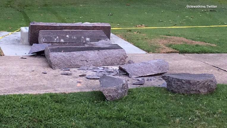 Arkansas Ten Commandments-401720