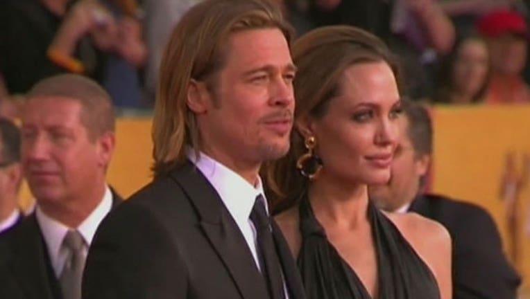 Brad Pitt and Angelina Jolie-402970