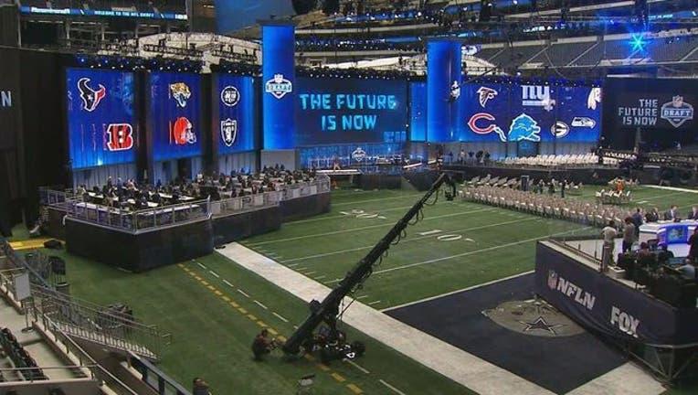 7da951ff-NFL Draft Theater_1524706980723.jpg.jpg
