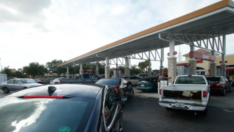 89480297-gas station getty image 97297316_1530634039365-65880