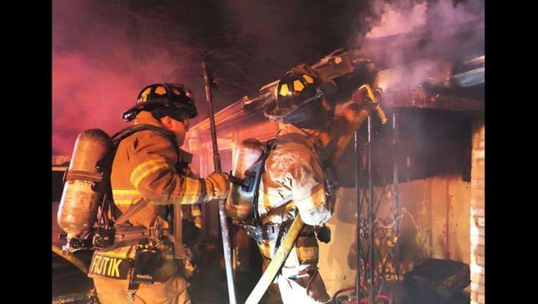 8b54c88f-fatal house fire, fort worth