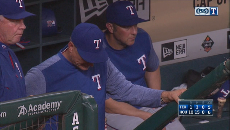 Rangers lose blowout to Astros