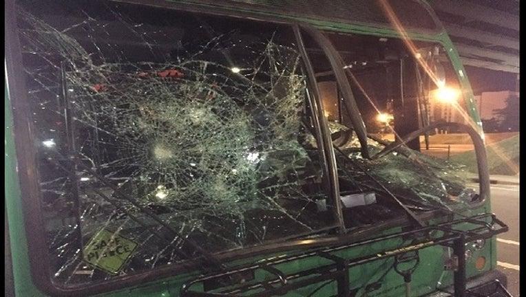 8e6ffc37-bus crash_1474519810992-403440.jpg