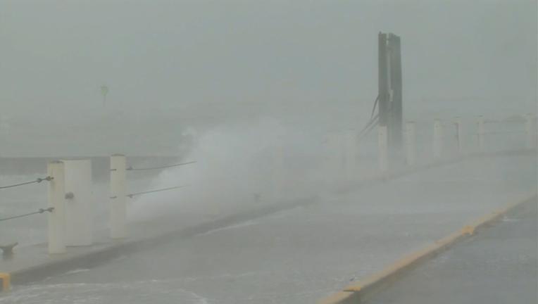 hurricane harvey waves