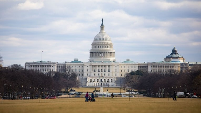 us_capitol_congress_generic_01_benjamin_kanter_NY_mayoral_photo_office-401096-401096