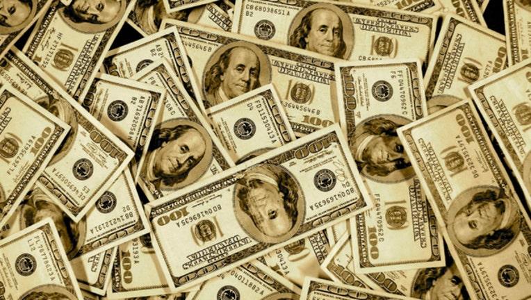 money_1527030161891-404023.jpg