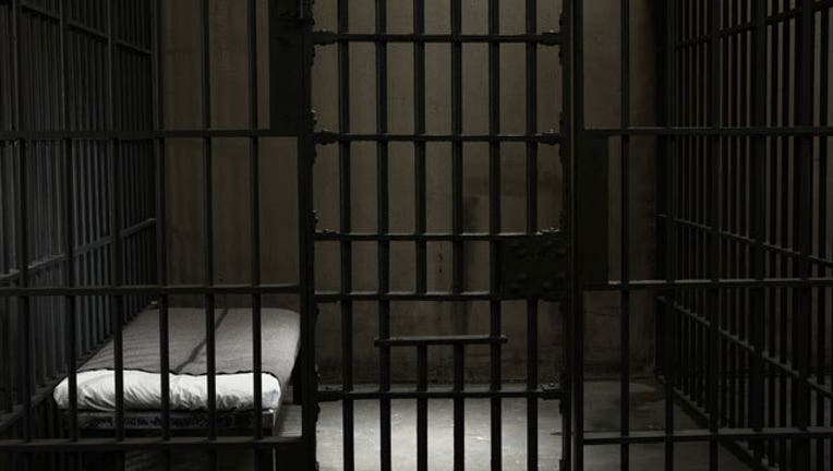 Jail-Cell-407693
