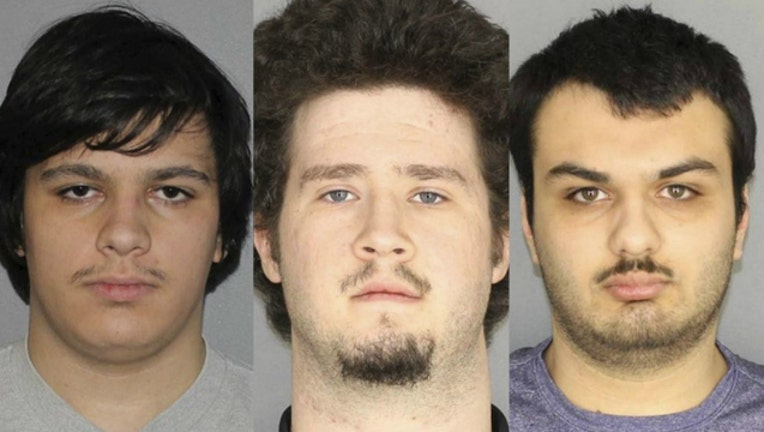 c6e3e366-bomb suspects_1548194407408.jpg-404023.jpg
