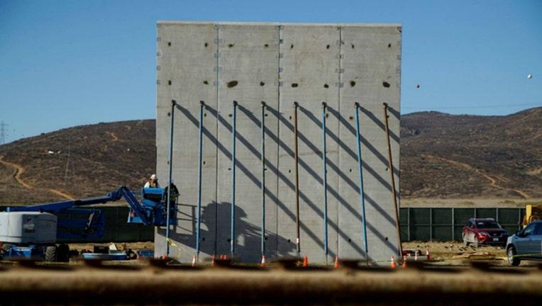GETTY border wall_1541457767440.jpg-404023.jpg