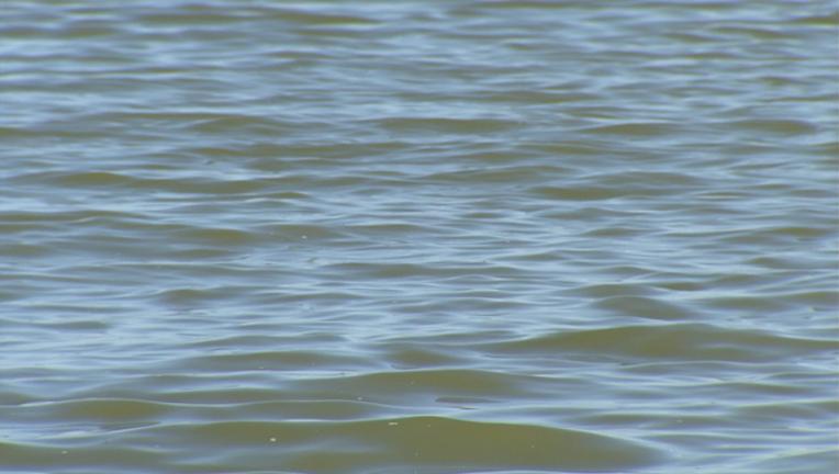 Lake water, drowning, swimming
