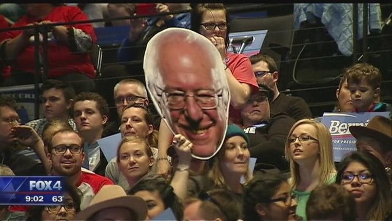 Bernie_Sanders_campaigns_in_Grand_Prairi_1_20160228034306