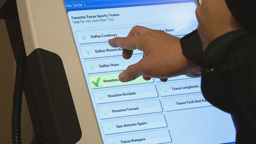 Texans won't have straight-ticket voting option in upcoming election, court says