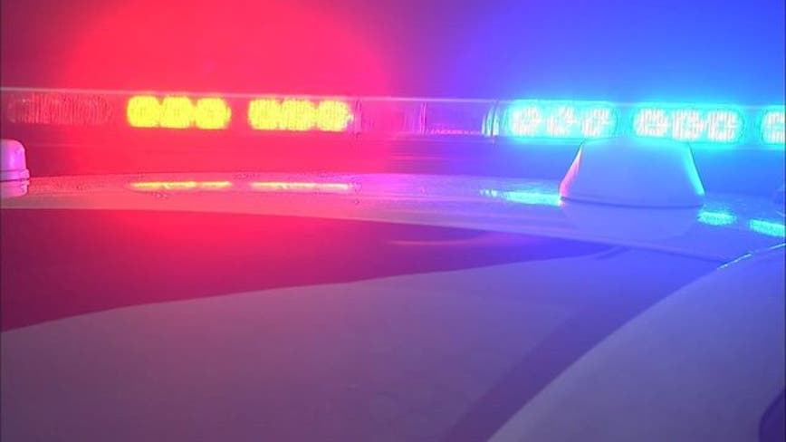 Police: 2 hurt in drive by shooting in South Dallas