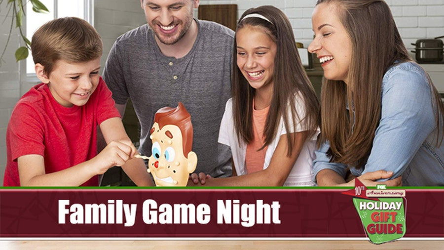 10 gifts for an epic family game night