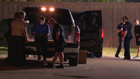 Arlington officers shoot, kill suspect who pointed BB gun at officers