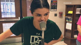 Selena Gomez makes surprise visit to her old Mansfield ISD middle school
