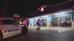 2 hurt in fight outside Pleasant Grove restaurant