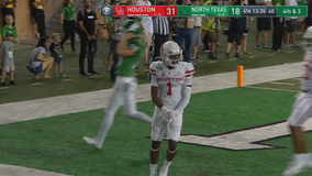 Carr runs for 3 TDs, leads Houston over North Texas 46-25