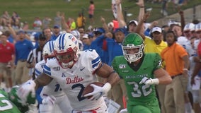 Buechele by air, Jones on ground, SMU stomps N. Texas 49-27