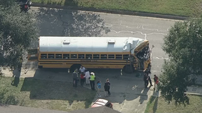 Four hurt after bus crashes into tree in Fort Worth