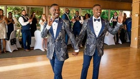 Couple surprises wedding guests with secret flash mob dance routine