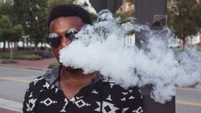 US vaping illness count increases to 805, deaths rise to 13