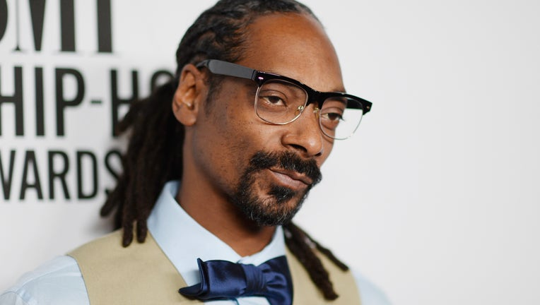 BEVERLY HILLS, CA - AUGUST 28: Recording artist Snoop Dogg attends the 2015 BMI R&B/Hip-Hop Awards at Saban Theatre on August 28, 2015 in Beverly Hills, California. (Photo by Frazer Harrison/Getty Images for BMI)