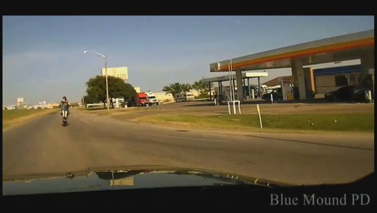 1aa43bca-blue mound pd chase KDFWBCME01_mpg_09.23.15.00_1565629666420.png.jpg