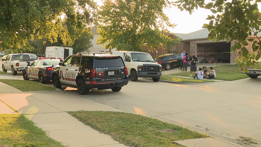 6-year-old shot by older brother in Arlington dies at hospital