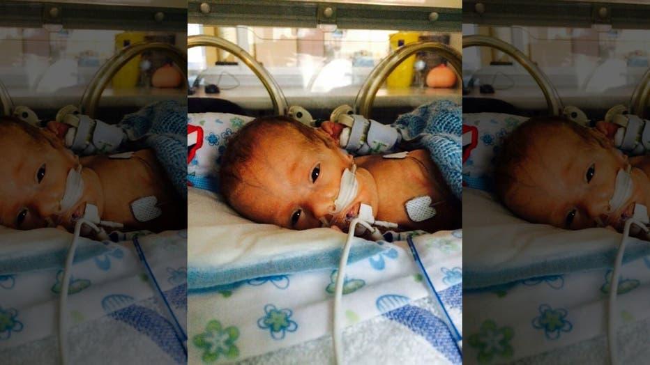 miracle-baby-mu-410965.jpg