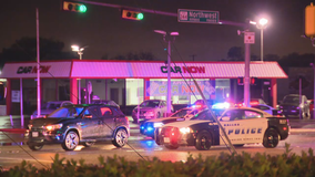 Dallas officers hospitalized following car crash