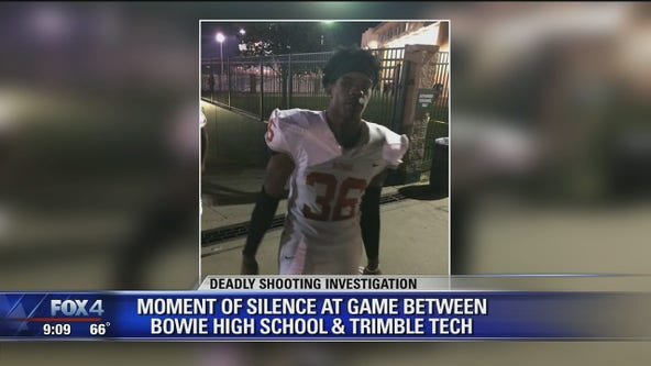 Moment of silence held at game for Arlington teen killed in shooting
