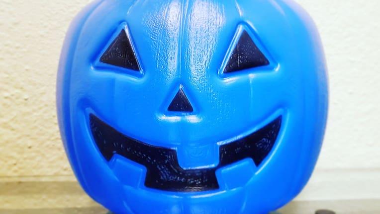 Blue-bucket.jpg