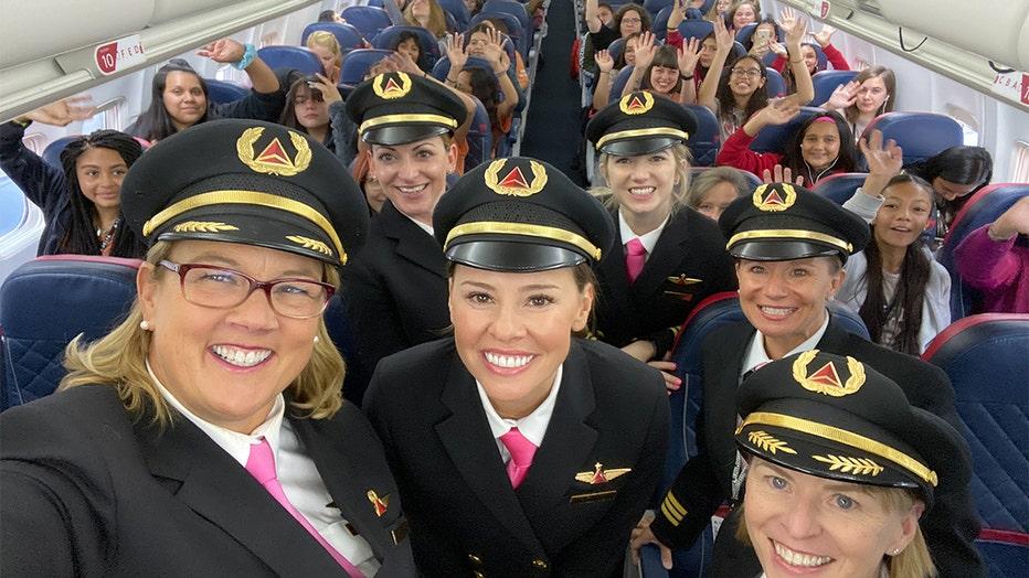 WING-Flight-selfie-2000px-THUMB-1.jpg