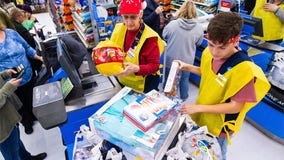 Walmart facing backlash for offering employees discount instead of holiday pay