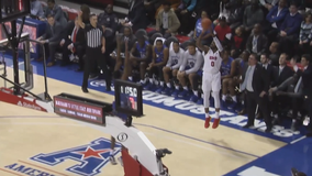 Mike lifts SMU past New Orleans 77-64